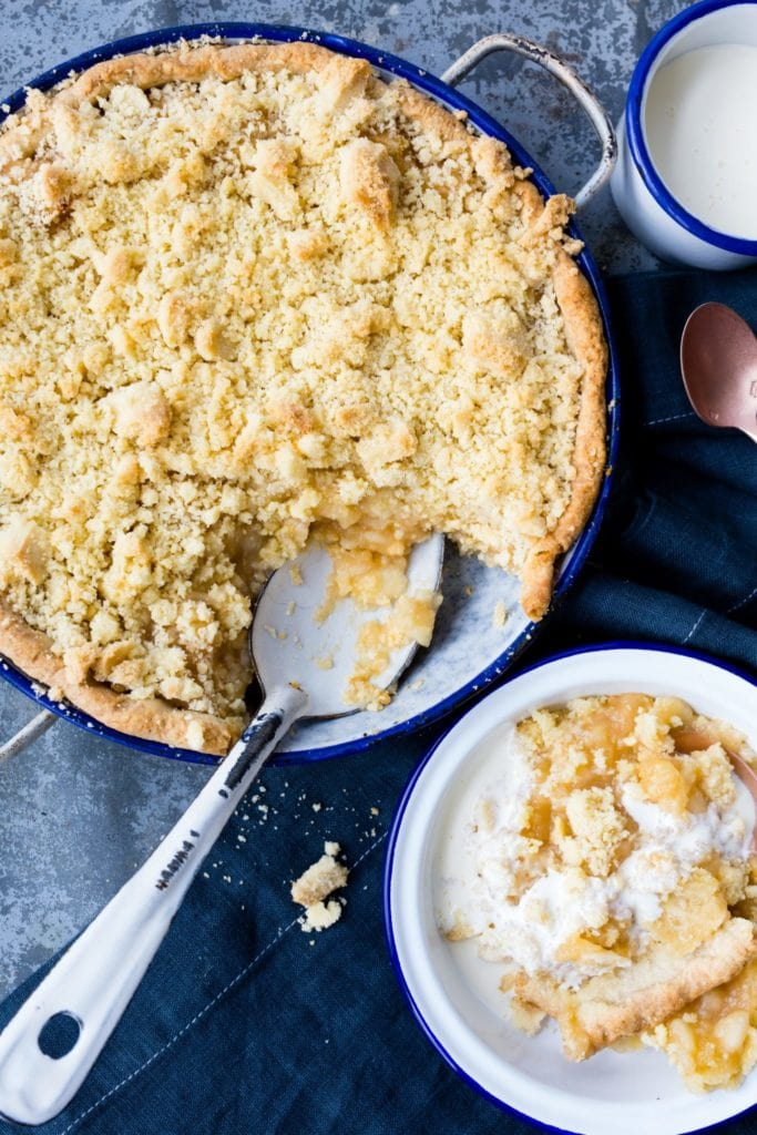 thermomix apple crumble pie